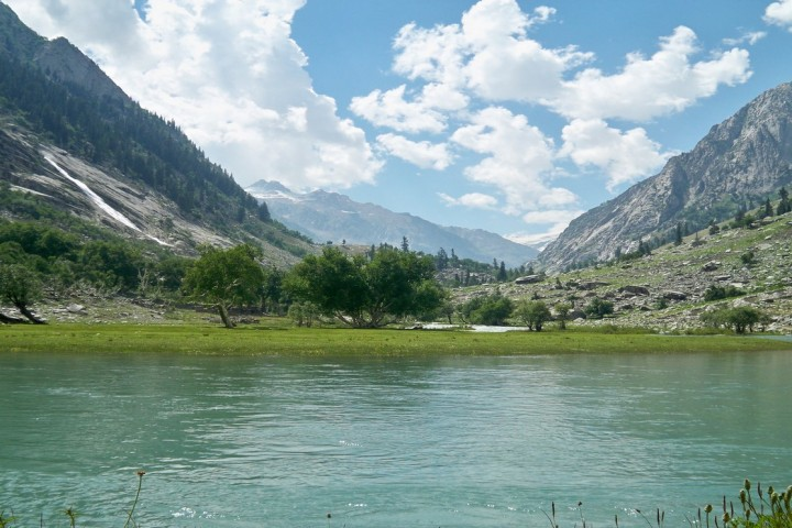 Lake Swat valley kahtours