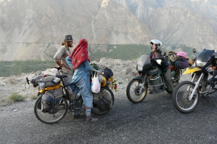 karakoram highway biking what a tour it was with karakoram adventure holidays hike and bike